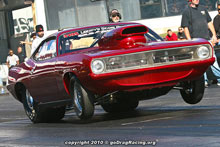 Richard Sciosca Hemi Cuda Suffered A Nitrous Blast But Sat On The Bump After Third Qualifier